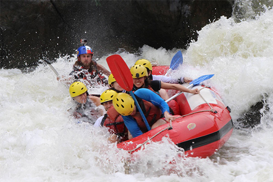 Whitewater Raft Guiding. Copyright Foaming Fury 2019. All Rights Reserved.